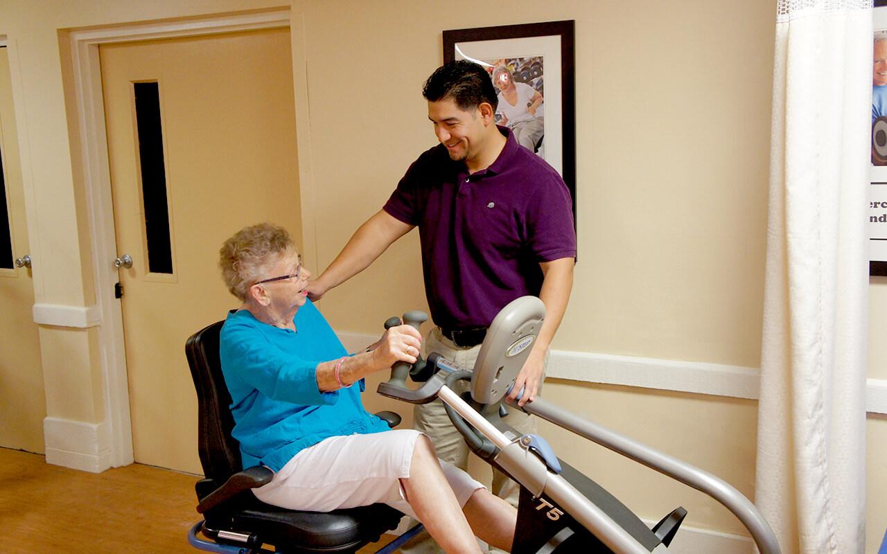 Therapist Patient Exercise machine 2